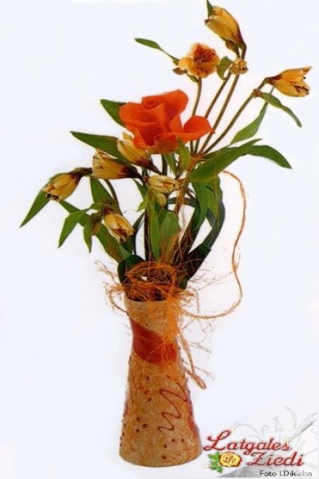Mazcenas ziedu pušķis 081
