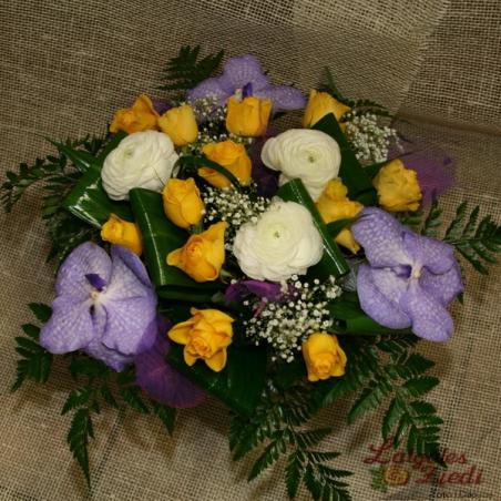 Mazcenas ziedu pušķis 090